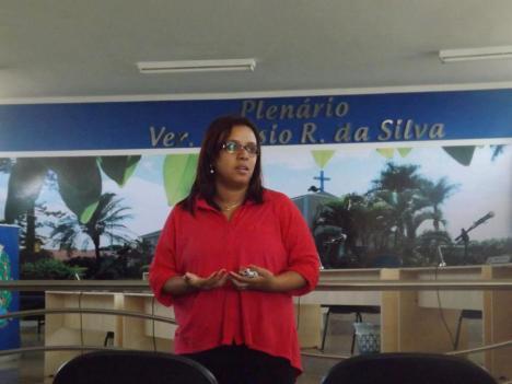 Érika Gomes da Direção Nacional da EPS PT, na abertura Solene realizada na Câmara Municipal